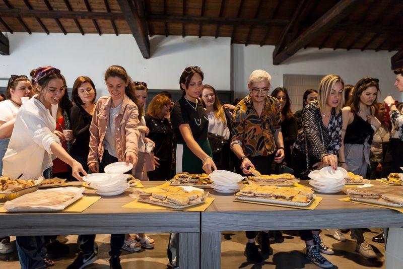 Istituto di moda burgo visita museo del tessuto for Burgo istituto