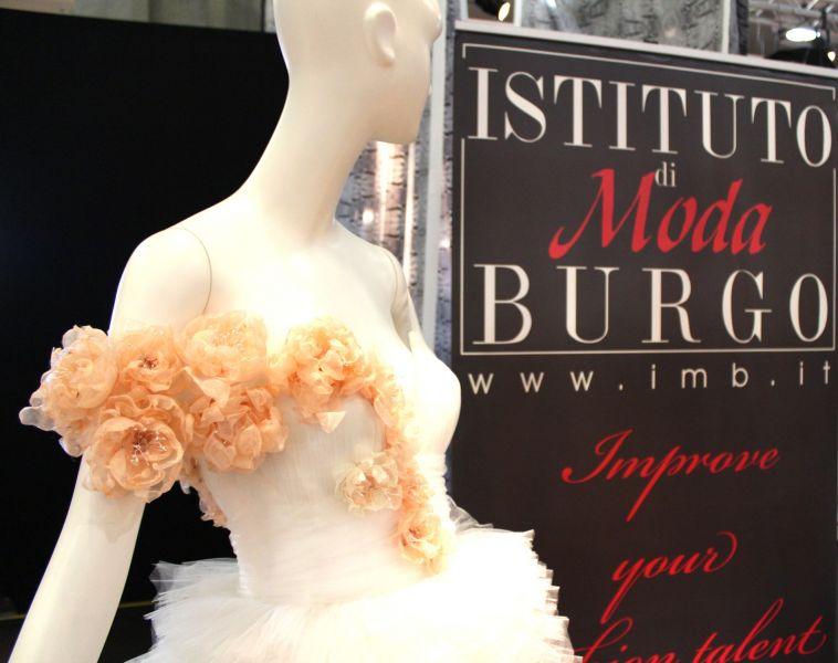 Gli allievi dell istituto di moda burgo espongono a milano for Burgo milano